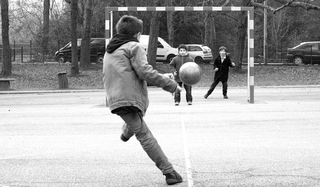 Manuel Neuer Kids Foundation bei ALDI Süd unterstützen