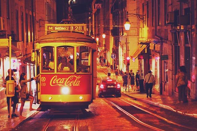 stadt, nacht, straßenbahn, lissabon