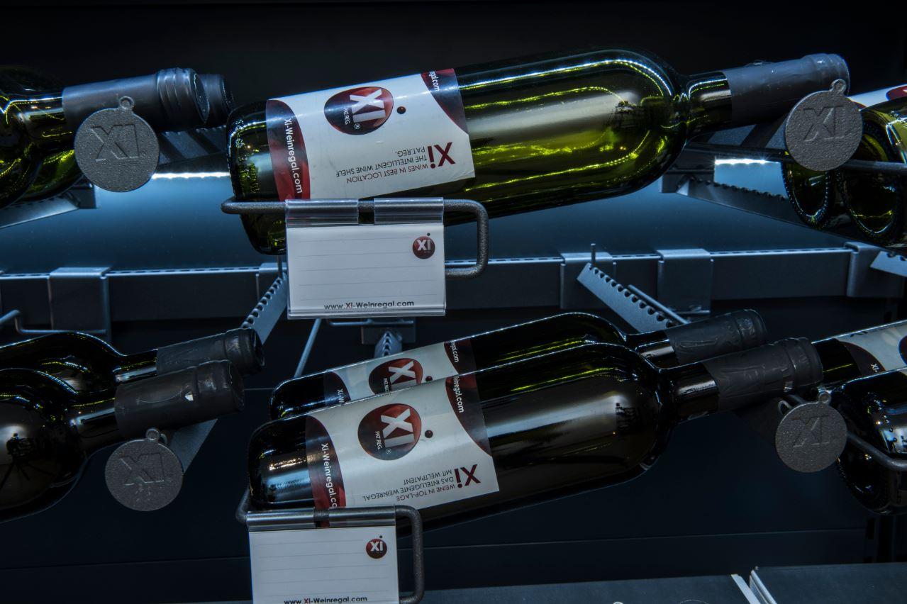 Die Zeit stehender Weinflaschen am POS gehört der Vergangenheit an!