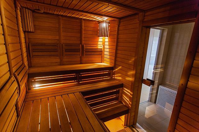 Dos und Don'ts in der Sauna: Der Knigge für die Schwitzstube
