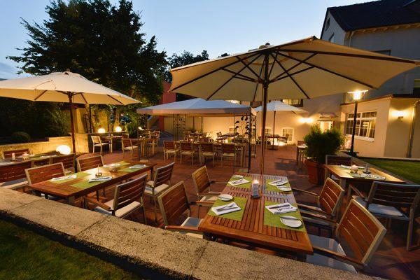 18_09_GW_HotelVorfelder_Gartenterrasse