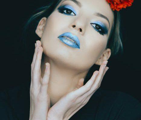 BH_Blau_Neon_makeup2_101218