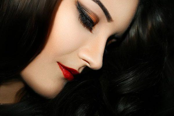 BH_Cateyes_makeup4_101218